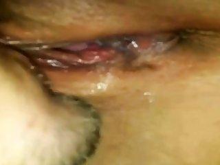 Nasse Fotze wird im geleckt