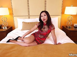 Mature Asian MILF Fucks White Bushwa