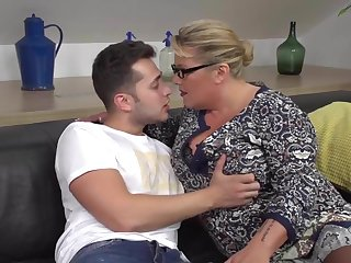 Upsetting mommy seduce added to fuck lucky son