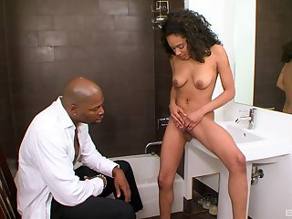 Brunette ebony indulge Sasha Simmons sucks and rides a big black dick