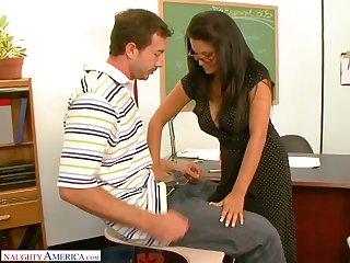 Slutty teacher Sophia Lomeli is fucking one of her favorite students