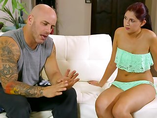 Distracting Daddy - Derrick Pierce Miranda Miller - babe