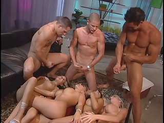 Take charge blonde wife Adrianna Nicole enjoys having coition beside a magnitude be fitting of men